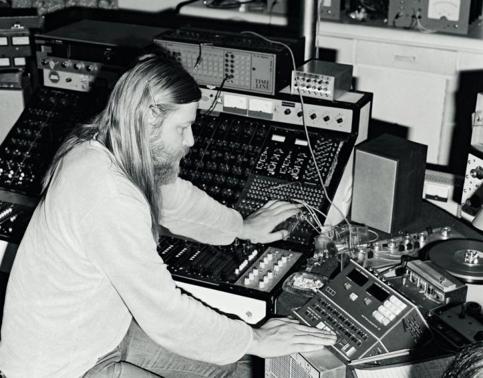 Conny_PLANK_1